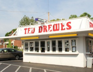 6953113-Ted_Drewes_on_Grand_in_Dutchtown_Saint_Louis
